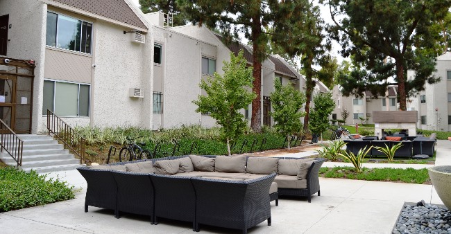 Studio Apartments Near USC Campus For Your Single Stay
